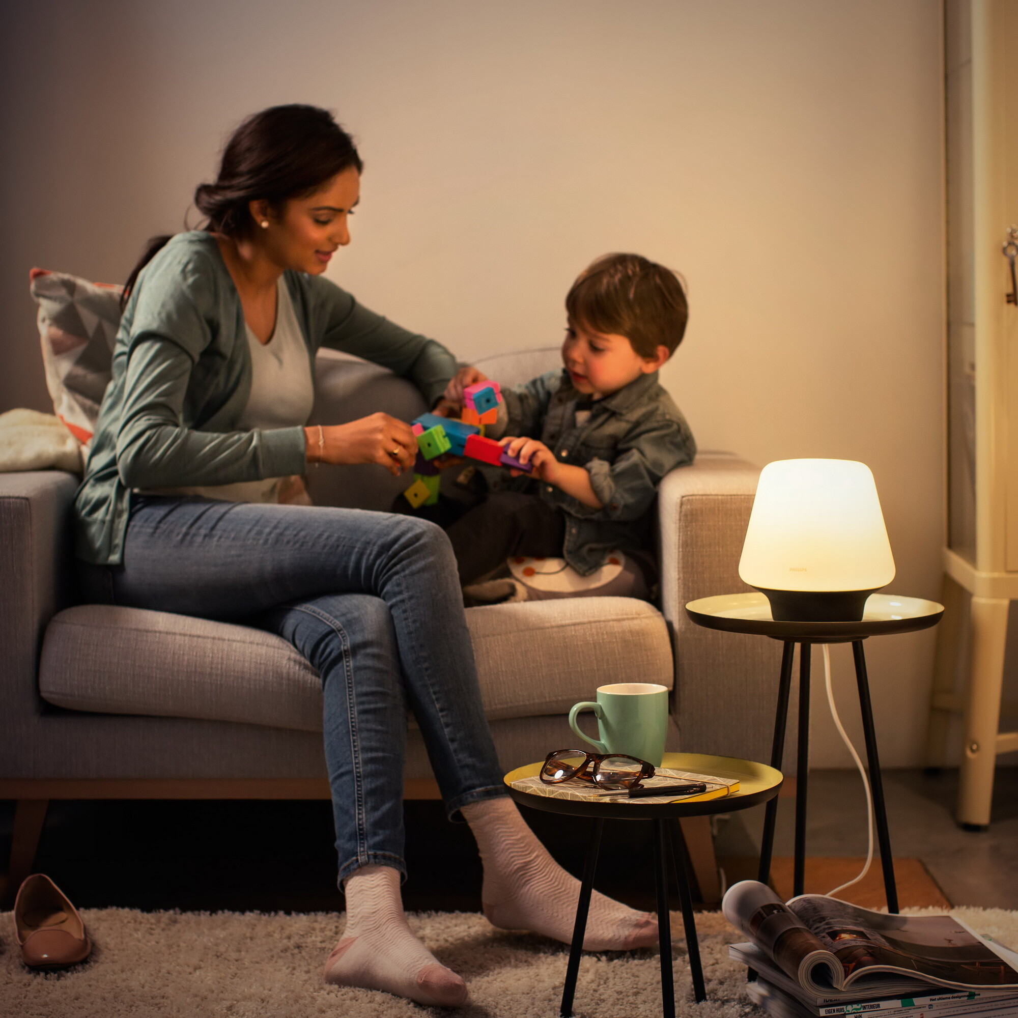 Philips HUE WELLNESS Tafellamp E27 1x8,5W Zwart
