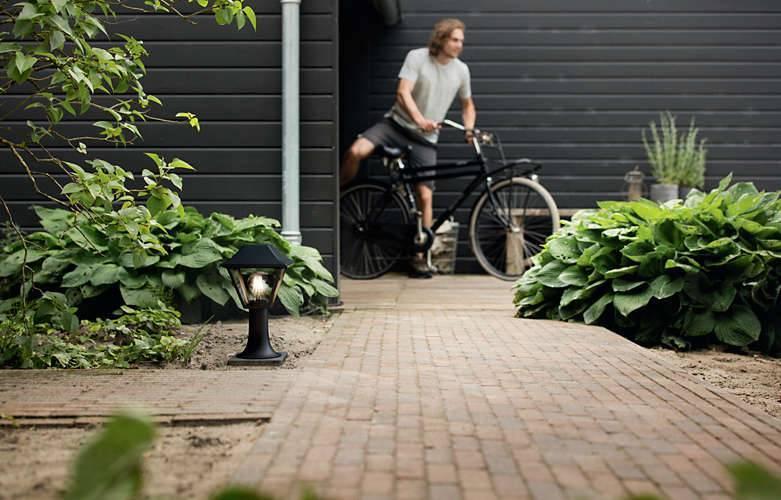 Philips ALPENGLOW Tuinpaal E27 1x Zwart